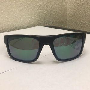 Oakley Drop Point Sunglasses